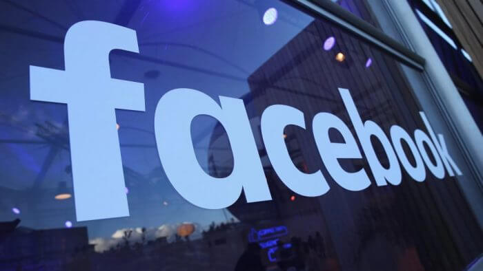 facebook glass - Facebook faz mudanças para tornar os comentários públicos mais significativos