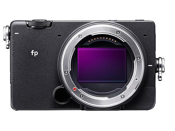 SIGMA fp 1 - SIGMA fp: a câmara digital mirrorless mais pequena e leve do mundo